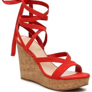 🇨🇦 3/$50 Guess red lace up wedges cork size 7